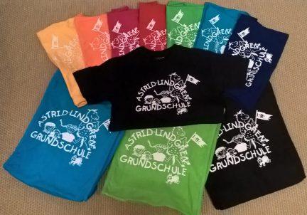 Shirts und Taschen